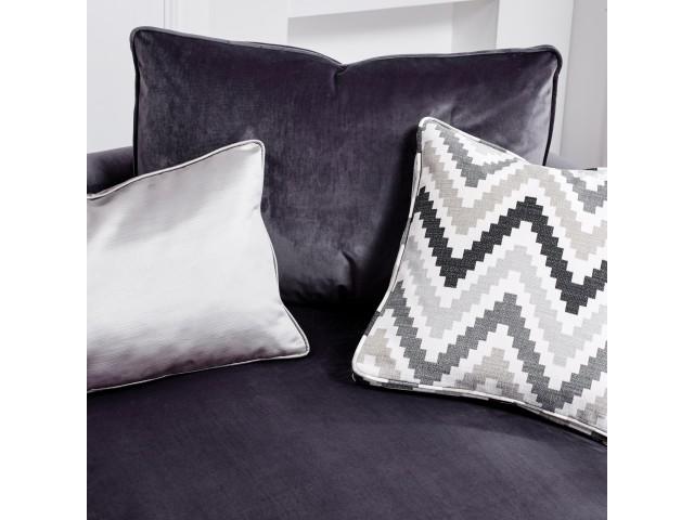 Blinx Small Chaise Sofa