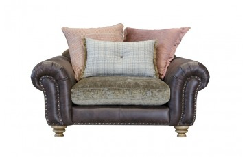 Bloomsbury Snuggle Chair